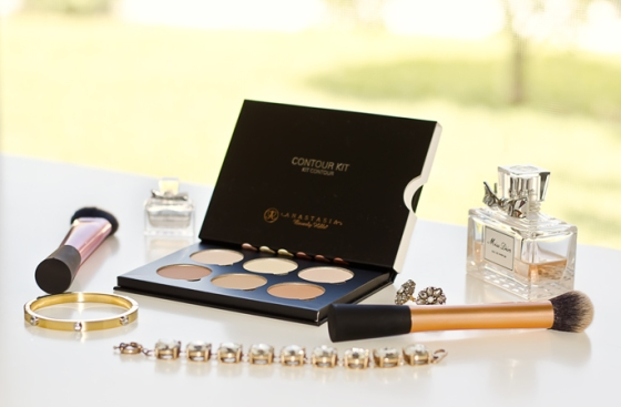 Review Anastasia Beverly Hills Contour Kit Review and Swatches-1